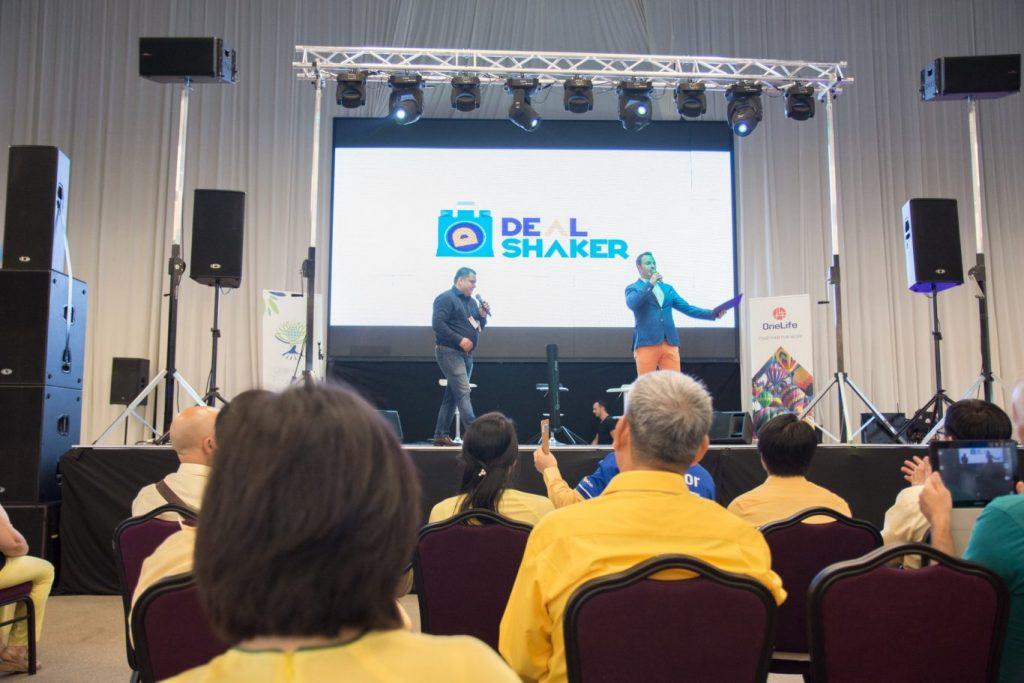 DealShaker Expo Brașov. Business-ul viitorului, în România dealshaker expo brasov DealShaker Expo Brașov. Business-ul viitorului, în România 35343381 1804047042978263 4692337279383896064 o 1024x683