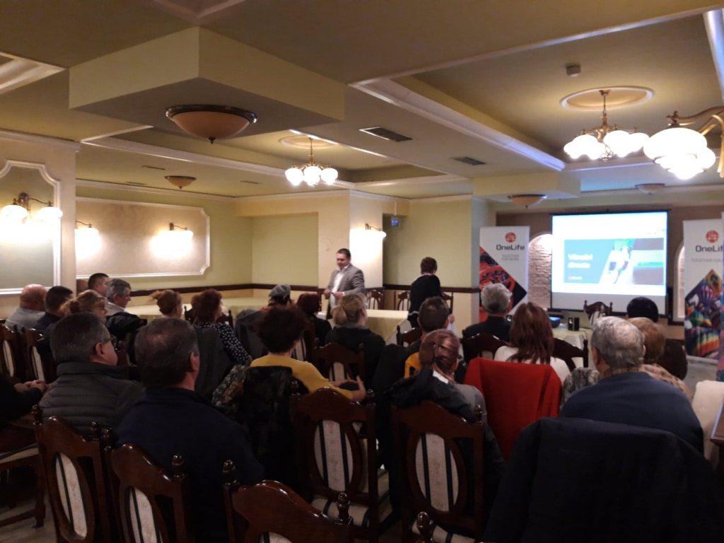 onelife business tour bacău Zeci de oameni de afaceri, prezenți la OneLife Business Tour Bacău 53851677 395352347922021 6464222541245317120 n 1 1024x768