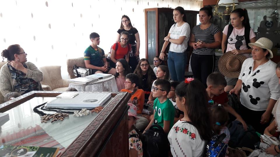 oneworld foundation Fantastic Global Team & OneWorld Foundation sprijină copiii talentaţi din România 67877644 2799129970121478 7940102977803517952 n