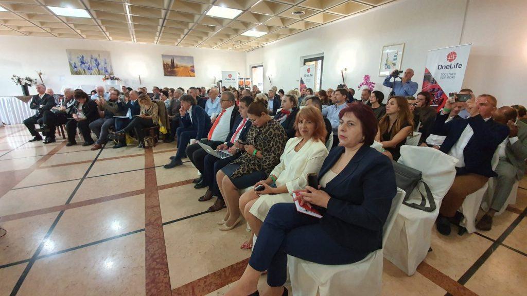 Partenerii OneLife, recompensați la Master Training Italy 20191019 111331 1024x576