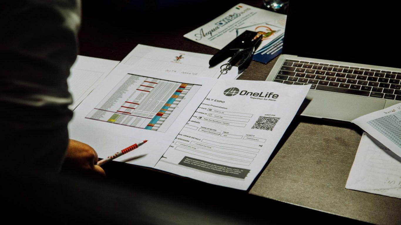 DealShaker sărbătorește 3 ani. O platformă de e-commerce de succes 78335222 2740582565991368 365119512044896256 o