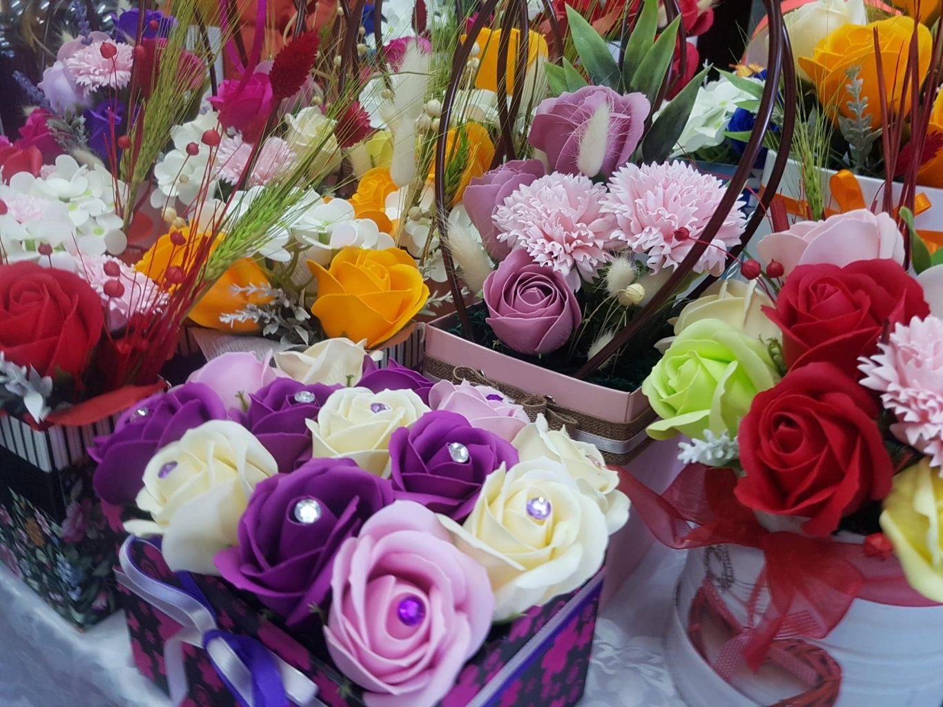 DealShaker Mini Expo Ploiești. Comercianții de produse românești, în prim-plan 88146790 299044781064932 5163055816600715264 n
